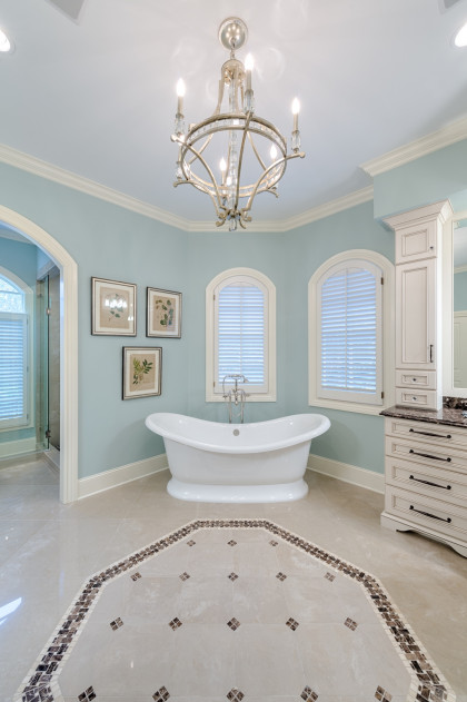 Master Bathroom:  Spa Like Space